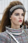 fashion-week-ready-to-wear-fall-winter-2017-designer-chanel-red-lips