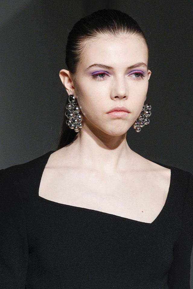 fashion-week-ready-to-wear-fall-winter-2017-designer-oscar-de-la-renta-colored-eyeshadow