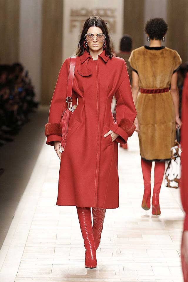 fendi-fw17-rtw-fall-winter-2017-18-collection (16)-red-jacket-dress