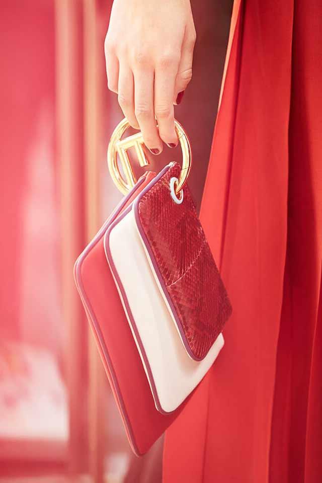 fendi-popular-handbag-trends-for-2017-triple-coin-pursr-logo-details