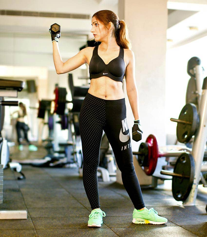 fitness-outfit-workout-attire-nike-gym-weight-training-shoes-black-blogger-shilpa-ahuja
