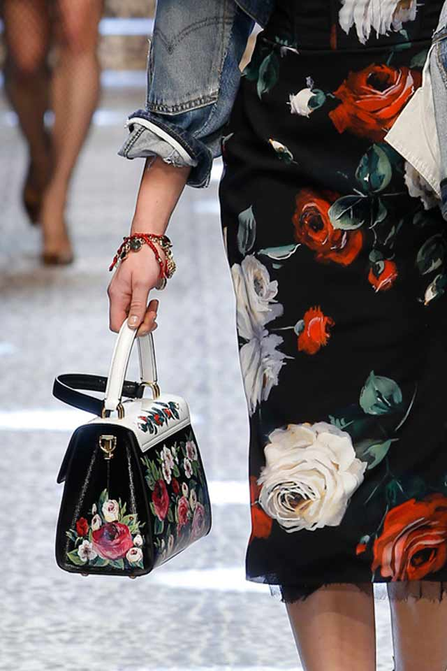 floral-printed-handbags-2017-latest-white-strap-latest-trends-in-handbags-dolce-gabbana