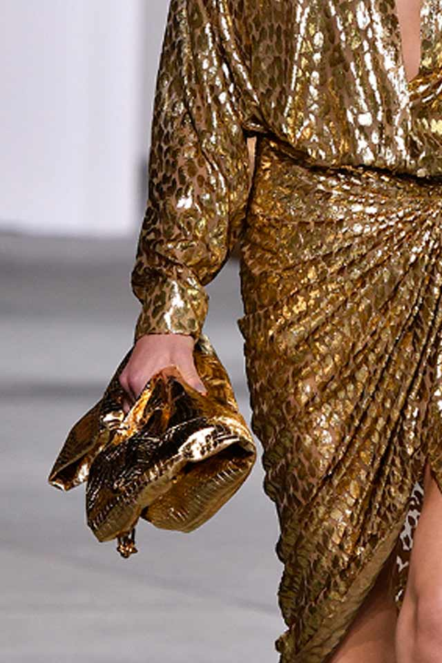 gold-metallic-bags-trendy-runway-cvollections-michael-kors