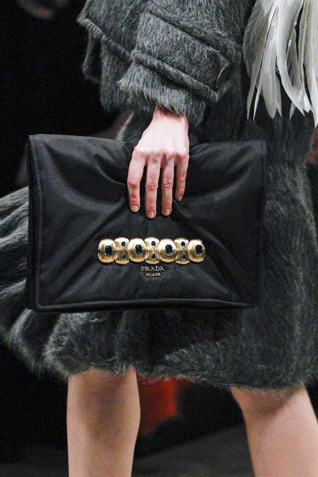 latest-handbags-for-women-2017-latest-blac-k-clutch-prada