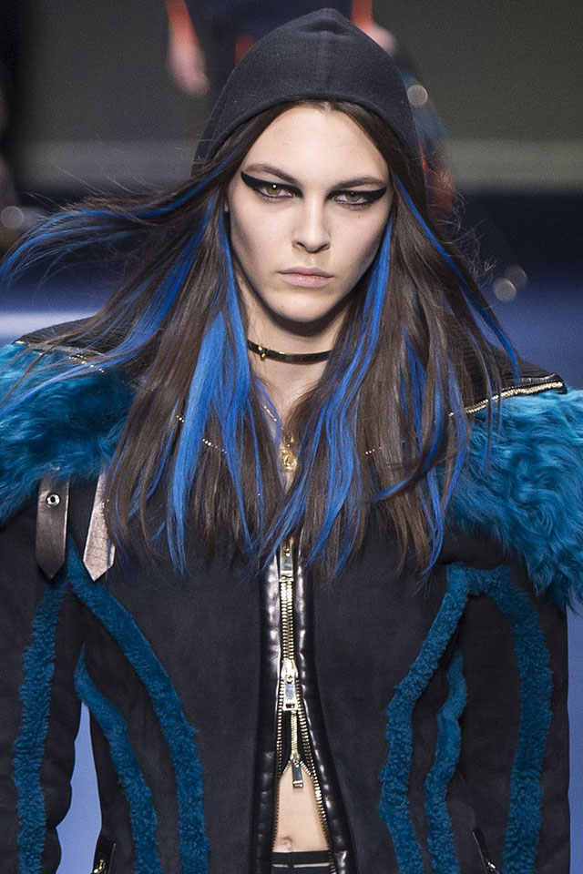 latest-trending-hair-colors-ideas-designer-versace-fall-winter-2017-18