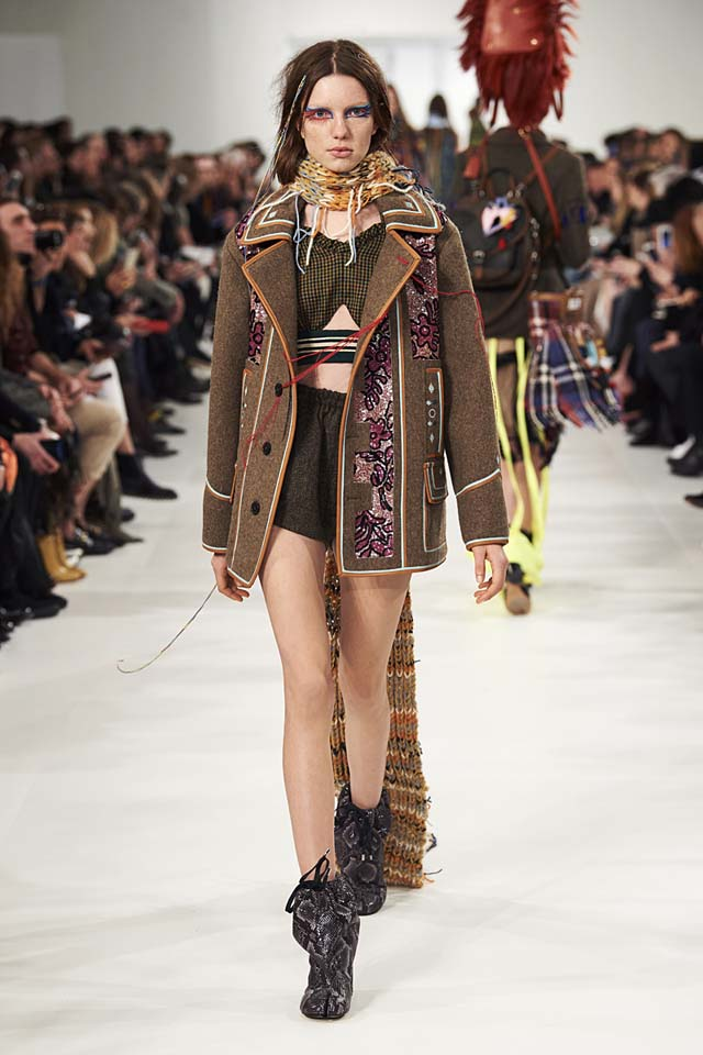 maison-margiela-fw17-rtw-fall-winter-2017-18-collection (30)-brown-coat
