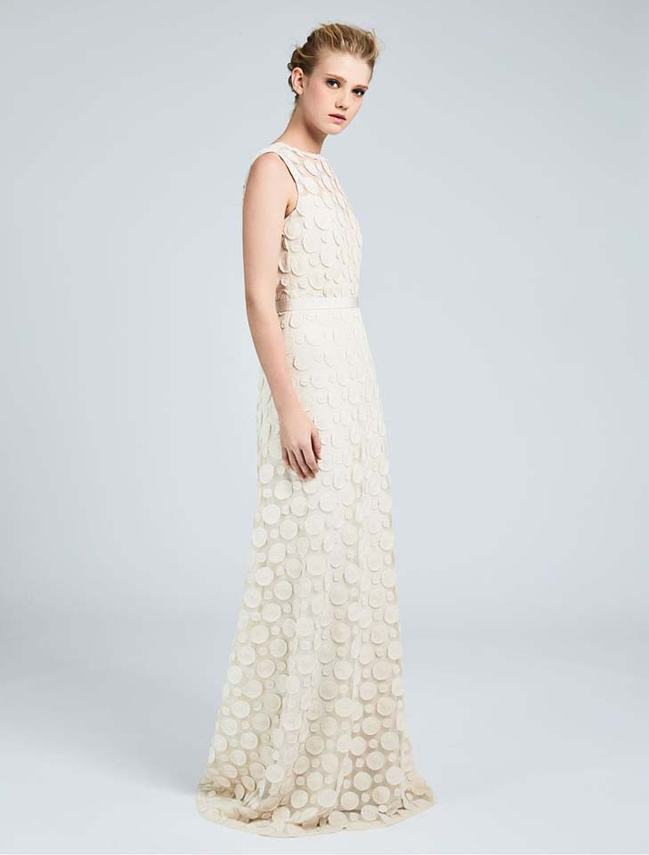 max-mara-bridal-fall-winter-2017-collection (18)-off-white-textured-gown