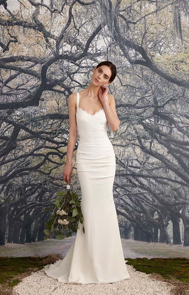 nicole-miller-fw17-fall-winter-2017-bridal-collection-beautiful-white-gowns (1)-classic-off-white-gown