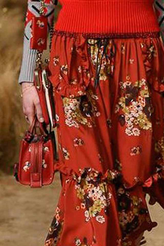 red-coach-bag-runway-trends-fall-winter-2017-fashion-handbags