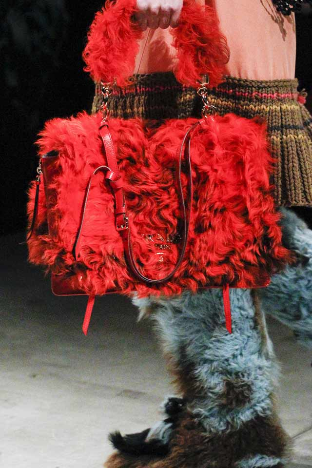 red-fur-bag-latesttrends-in-handbags-2017-latest-rprada