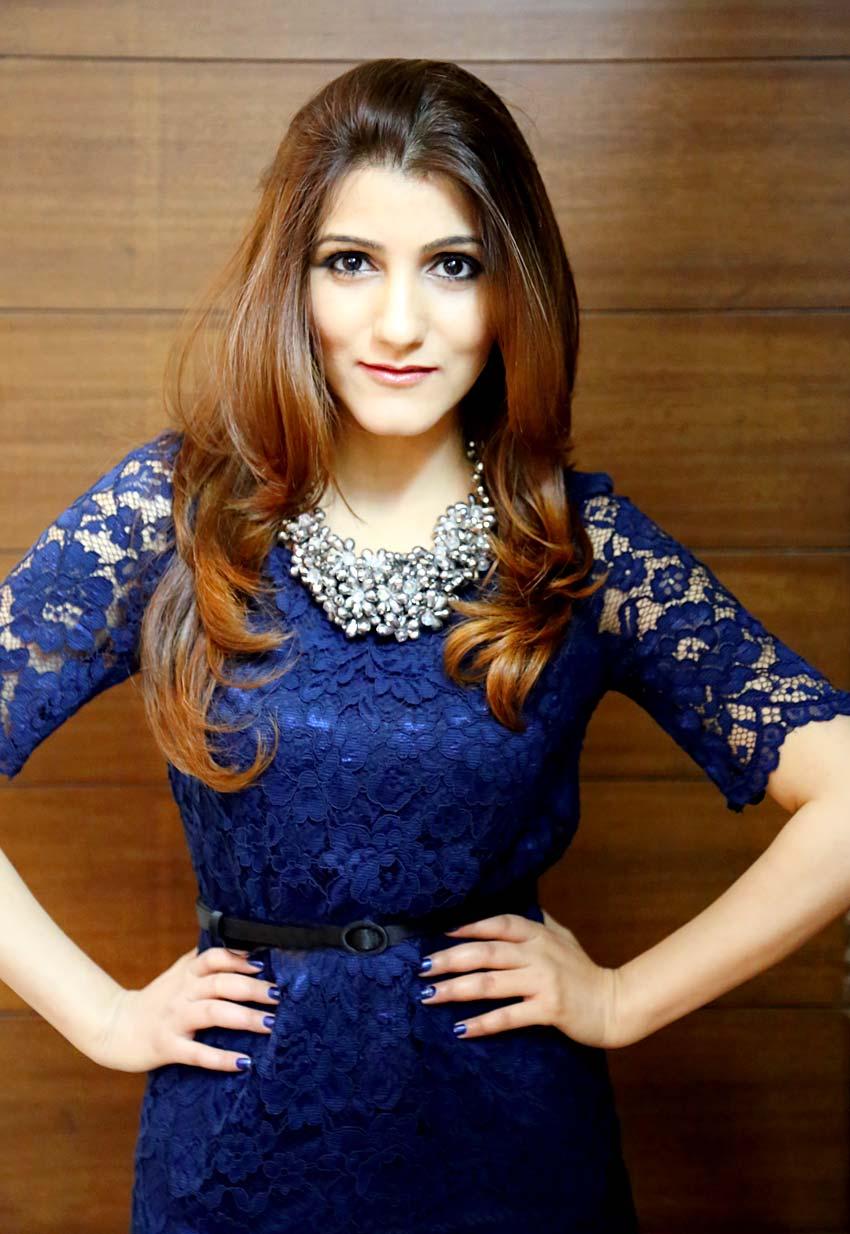 shilpa-ahuja-fashion-style-blue-dress-look-photo-shoot-blogger-blog-4