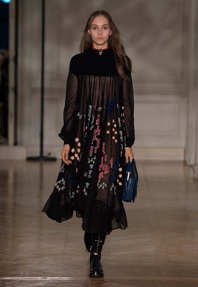valentino-fw17-rtw-fall-winter-2017-18-collection (11)-black-sheer-dress-prints