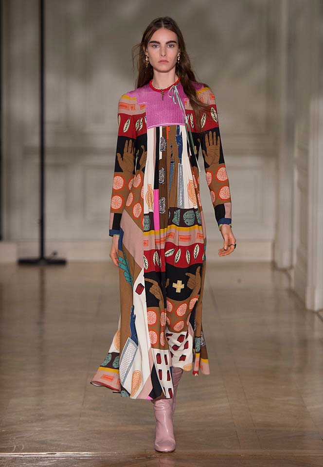 valentino-fw17-rtw-fall-winter-2017-18-collection (45)-graphic-printed-dress