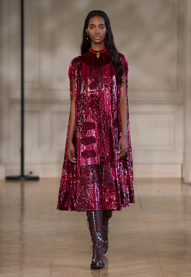 valentino-fw17-rtw-fall-winter-2017-18-collection (54)-pink-shimmer-dress-metallics