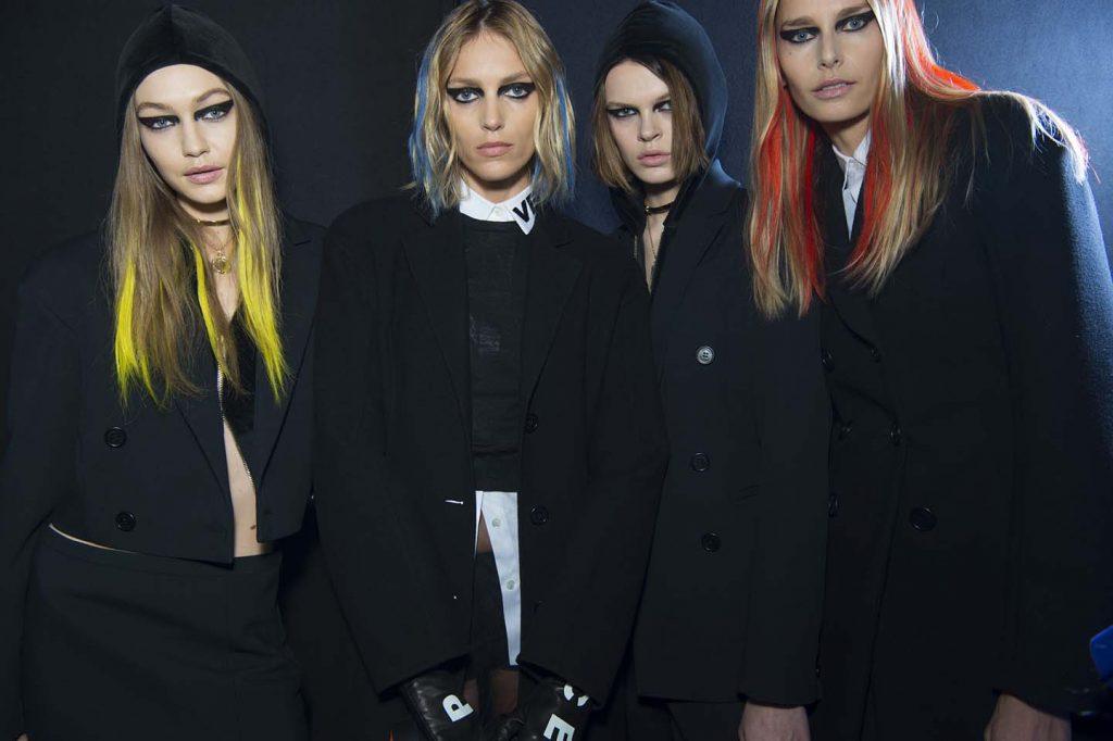 versace-fw17-rtw-fall-winter-2017-backstage-beauty-makeup-looks (17)-gigi-hadid-models