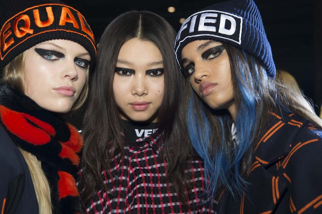 versace-fw17-rtw-fall-winter-2017-backstage-beauty-makeup-looks (6)-beanie-text