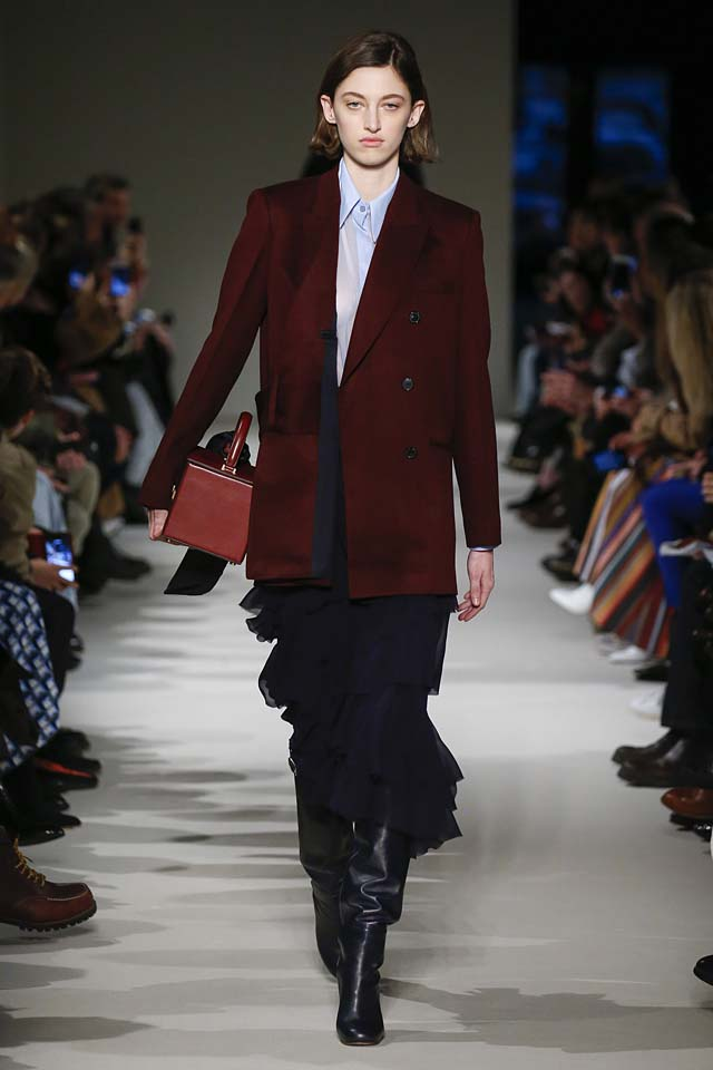 victoria-beckham-fw17-rtw-fall-winter-2017-18-collection (27)-suit-ruffles-skirt