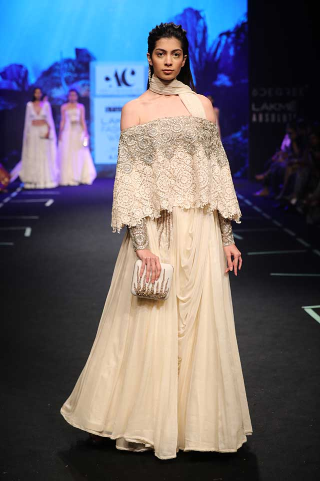 western-style-indo-western-lehenga-sequin-Abha-Chowdhary-lakme-fashion-week-ss17-summer-2017