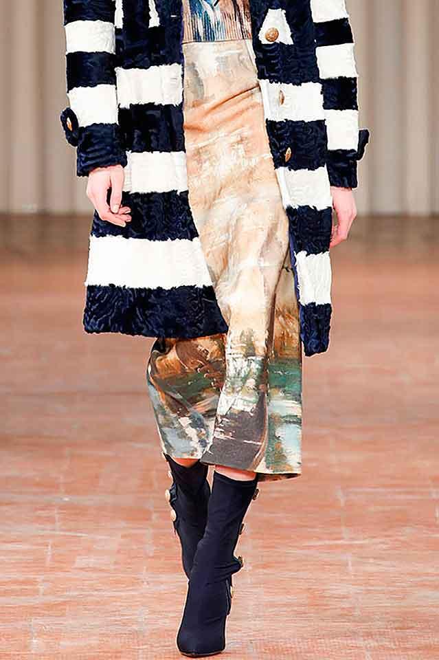 alberta-ferretti-fall-winter-2017-fw17-button-embellished-boots-latest-shoe-trends