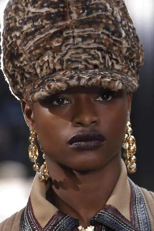 beaded-earrings-latest-marc-jacobs-jewelry-trends-2017