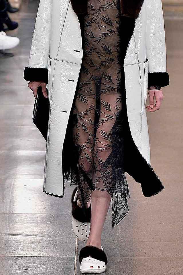 christopher-kane-matching-set-fur-trimmed-laser-cut-flats-fall-winter-shoes-fw17