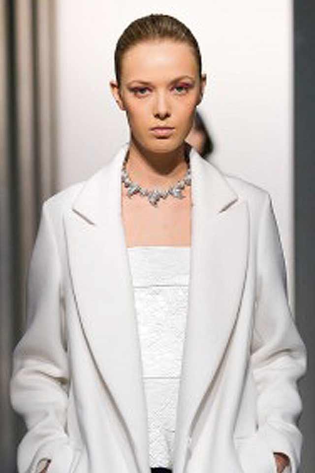 fall-jewelry-trernds-fall-winter-2017-best-oscar-de-la-renta-collaer-necklace