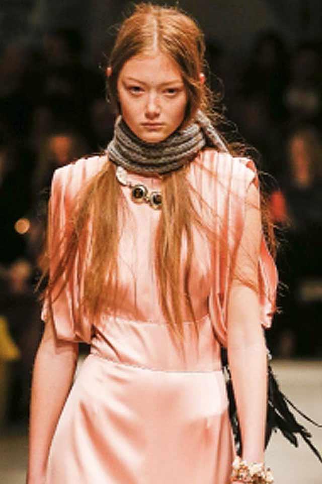 fashion-jewelry-trends-latest-fall-winter-2017-beaded-necklace-prada