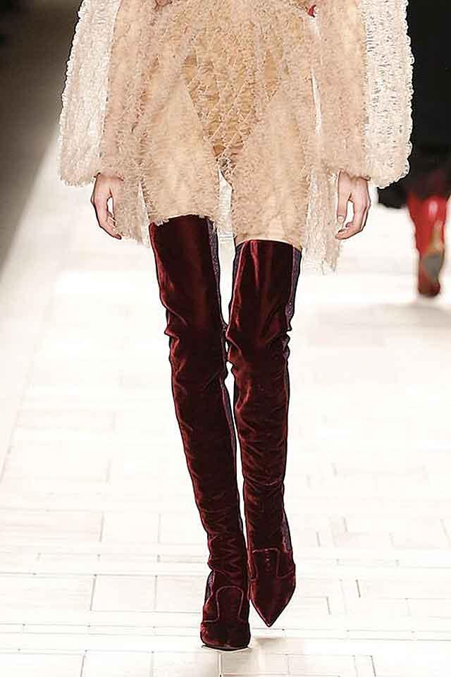 fendi-velvet-knee-high-boots-fw17-fall-winter-2017-trendy-ladies-shoes