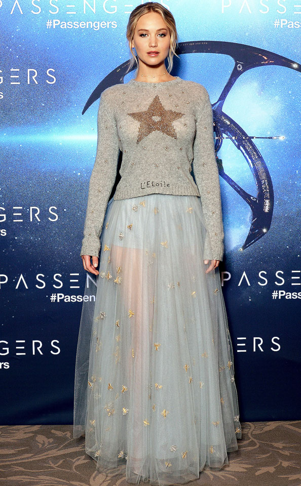 jennifer-lawrence-blue-sheer-long-skirt-motifs-celeb-fashion-style-outfit-2017