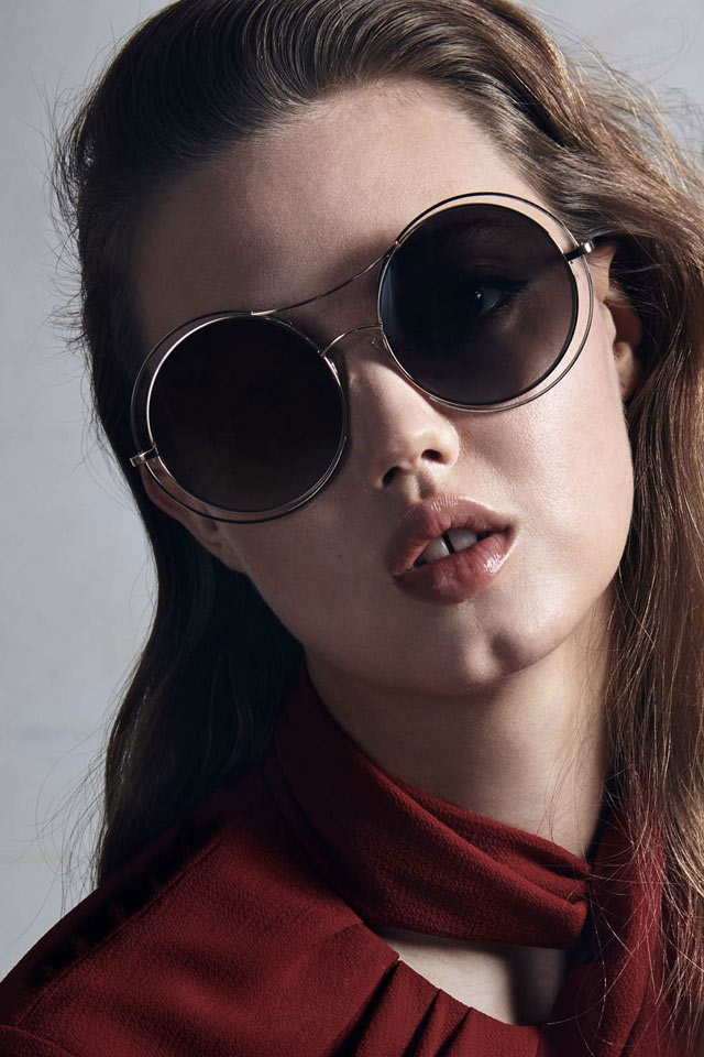 Just like everything else in fashion, sunglasses trends come and go. But sometimes the best trends are timeless. These are the 3 biggest sunglasses trends for fall
