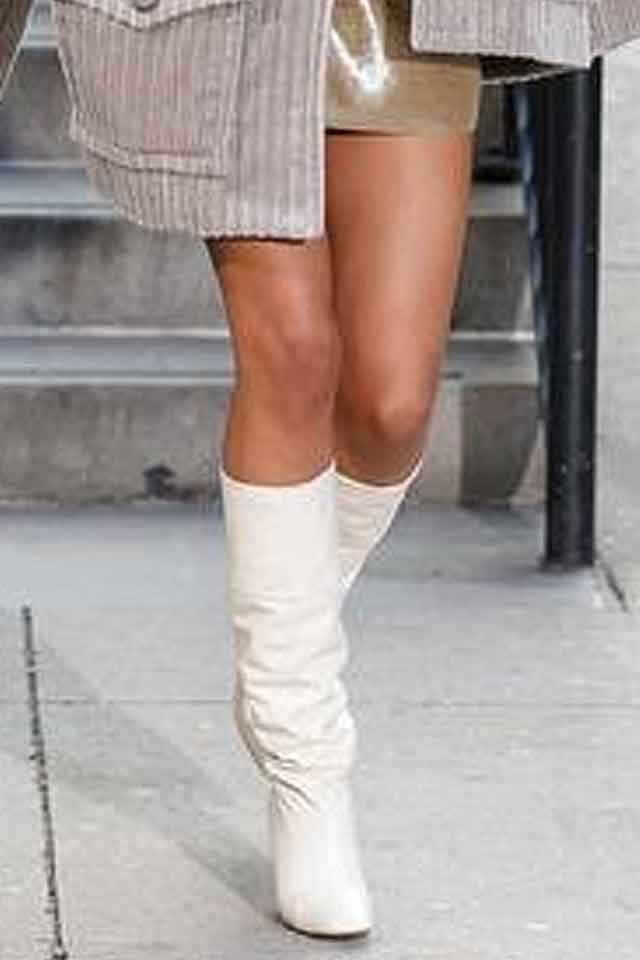 marc-jacobs-fw17-fall-winter-2017-white-boots-new-trends-in-shoes