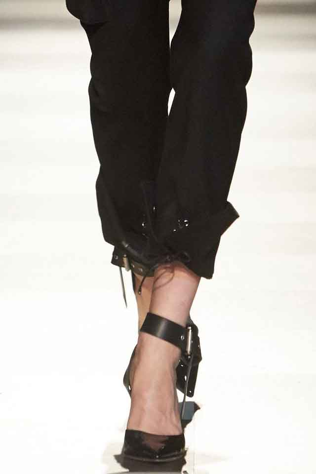 monse-pointy-strapped-heels-black-new-trends-in-shoes-fall-winter-2017-fw17