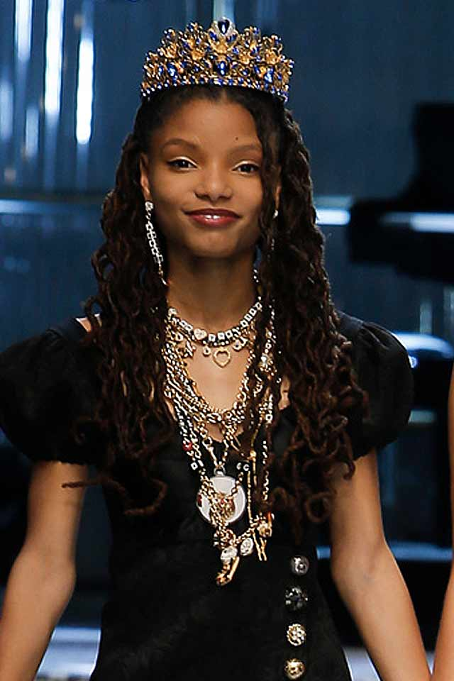 most-popular-necklaces-dolce-gabbana-2017-jewelry-trends-multichain-necklace