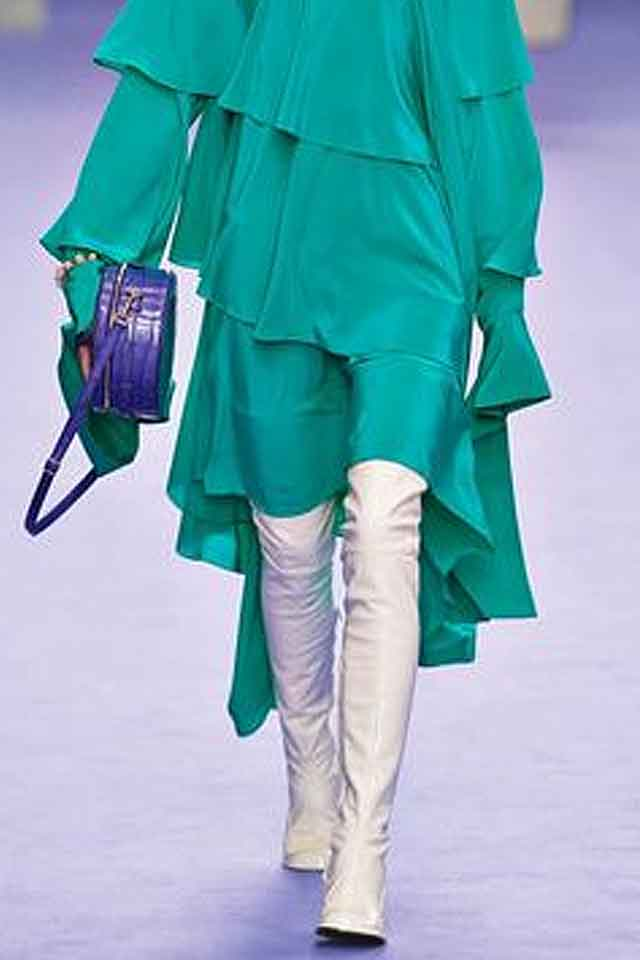 mulberry-fall-winter-2017-fw17-knee-high-boots-white-latest-shoe-trends