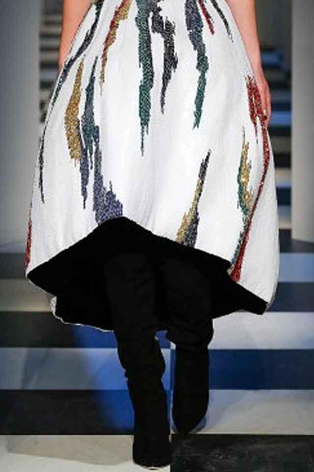 oscar-de-la-renta-fall-winter-2017-fw17-designer-shoes-for-women-knee-high-boots