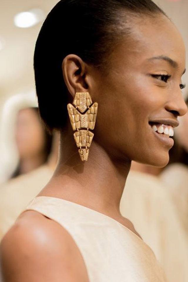 runway-jewelry-trends-latest-2017-earrings-ralph-lauren