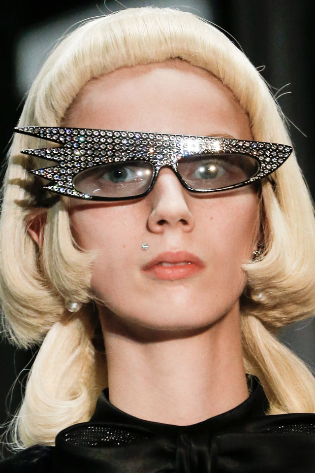 statement-embellished-sunglasses-2017-latest-gucci-womens-shades