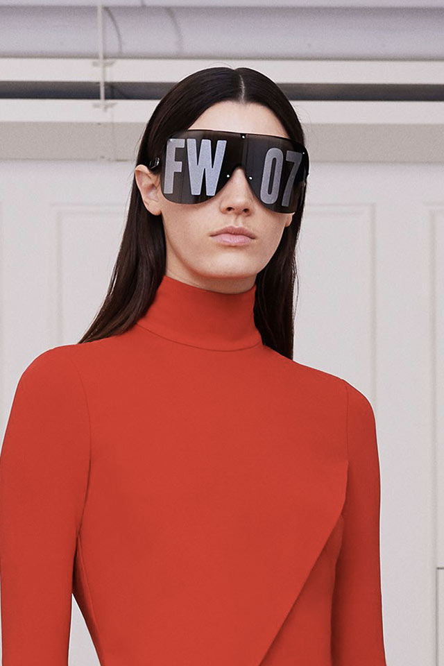trends-in-sunglasses-latest-givenchy-black-blade-style-fall-winter-2017