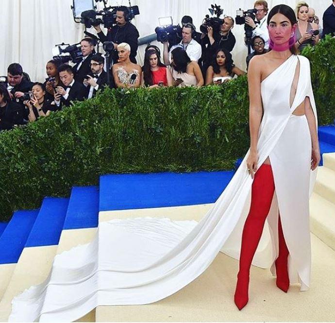 met-gala-2017-celeb-style-dresses-white-long-trail-red-boots-Lily-Aldridge