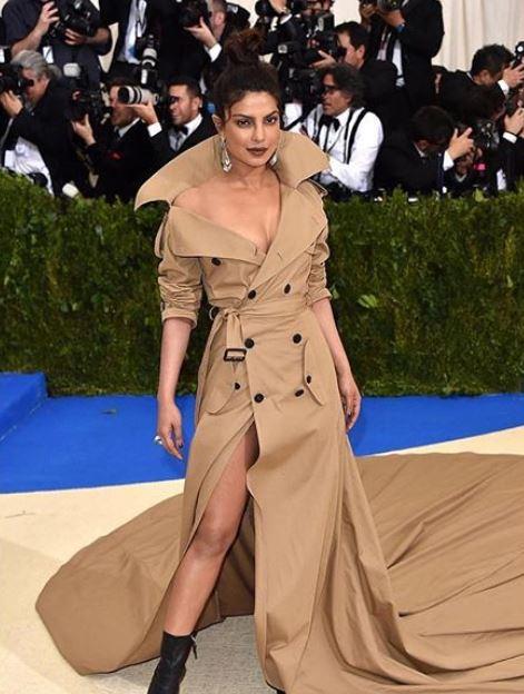 met-gala-2017-celeb-style-priyanka-chopra-nude-ralph-lauren-trench-coat-dress