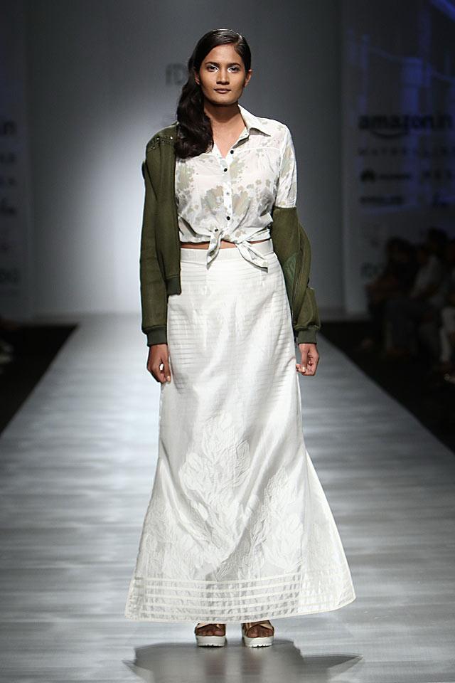 rajesh-kashyap-white-skirt-button-up-shirt-indian-skirts