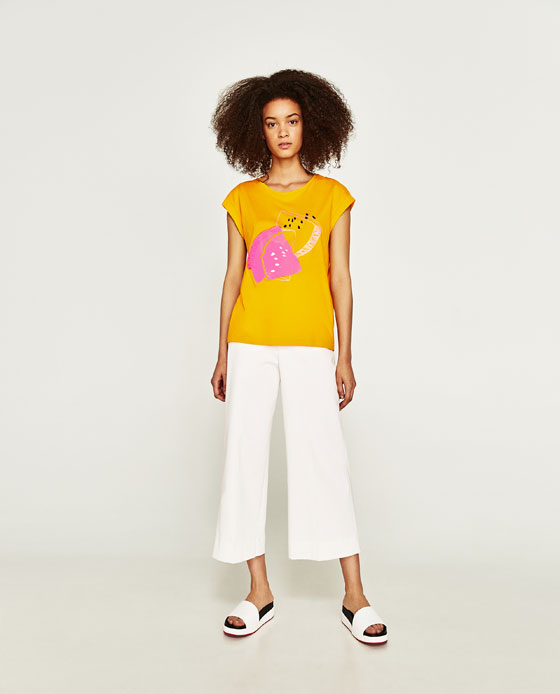 1-zara-tee-shirt-neon-yellow-graphic-print-india-summer-fashion-tips