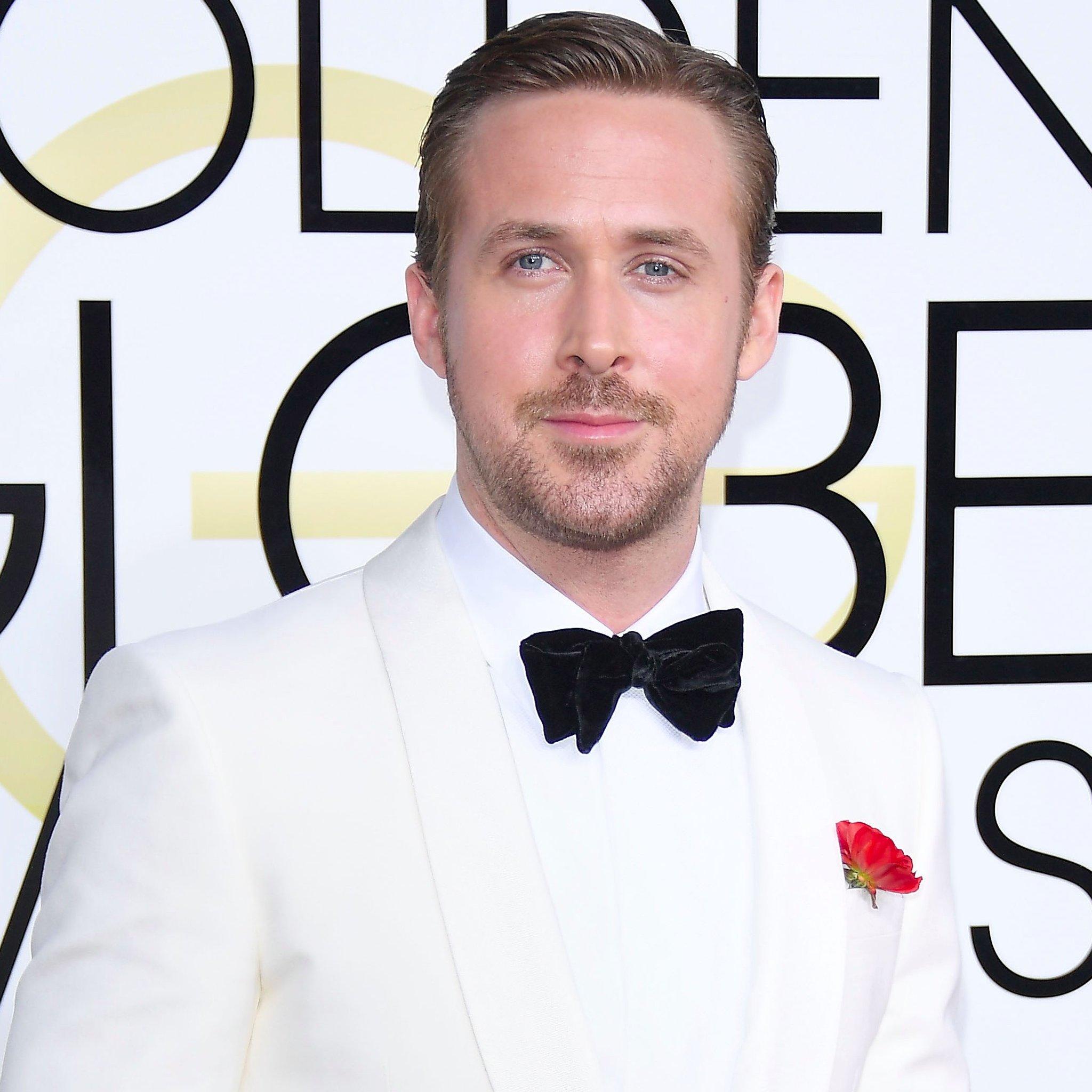Ryan-Gosling-dan-steven-hollywood-hairstyles-2017-celebrity-best-actor-slick-with-side-part-2017