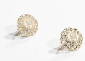 chanel-clip-on-earrings-studs-light-pastel-latest-2017-pearl-minimalist-jewelry