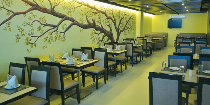 top-vegetarian-restaurant-in-chennai-green-tamarind-yummy-north-indian-food-premium-affordable