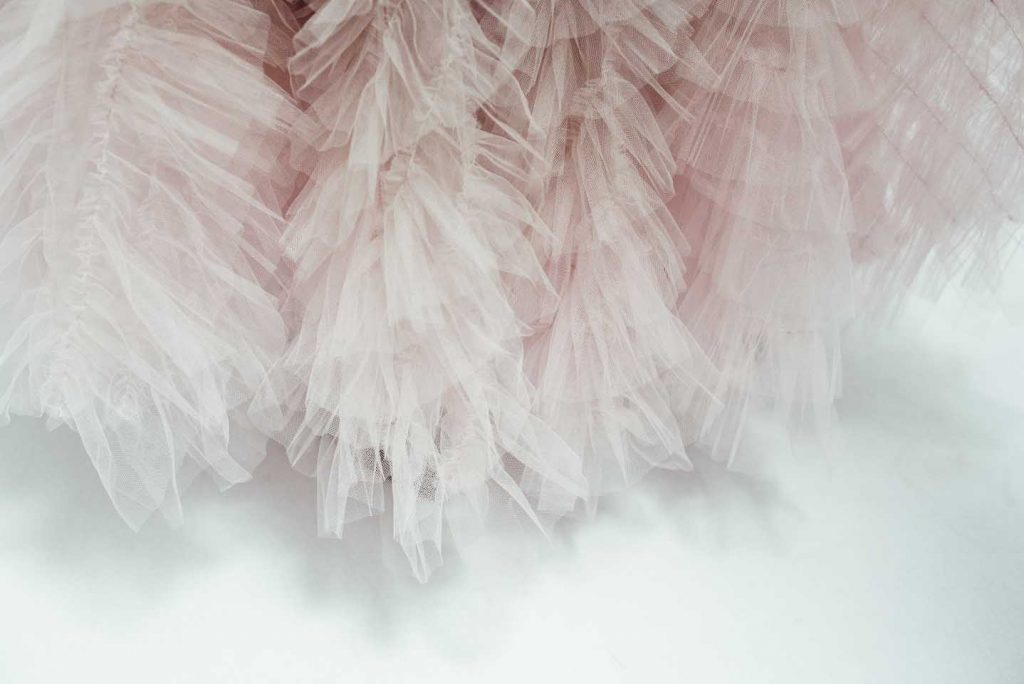 DIOR_Haute Couture AW2017-18_fall-winter-2017-fw17 (2)-ruffles