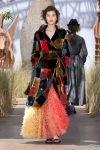 DIOR_Haute Couture-AW2017-fall-winter-2017-dresses (28)-colorful-coat-feather-skirt-sandals