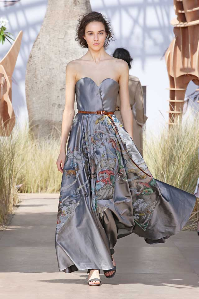 DIOR_Haute Couture-AW2017-fall-winter-2017-dresses (53)-strapless-grey-floral-gown-