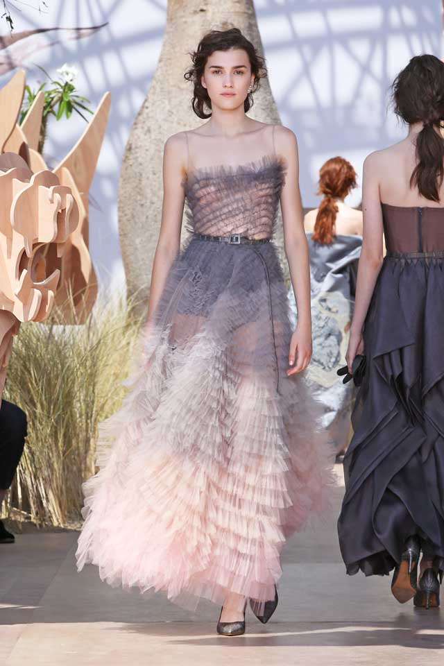 DIOR_Haute Couture-AW2017-fall-winter-2017-dresses (63)-ruffled-slip-dress-lilac-color-belt