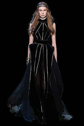 Elie-saab-fall-winter-2017-haute-couture-collection-dress-1-black-gown-1